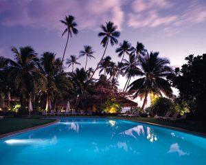 villa-ricchi-piscina